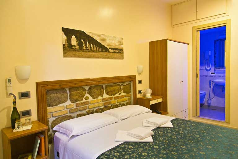 cheap bed and breakfast rome termini